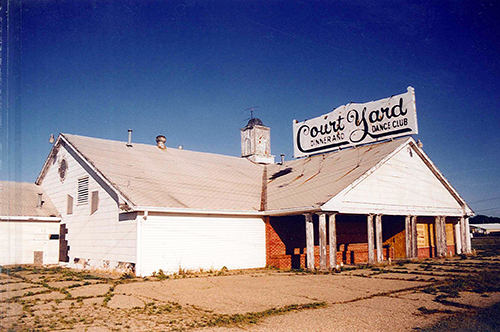 The Court Yard Dine and Dance. A throwback to the Supper Club days of the midwest. When I returned to Lincoln in 2005, this building was gone.