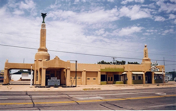 The u-Drop Inn—no simple gas station or diner, this place is and probably always will be the highlight of all of Route 66 to me. July 15, 2001.